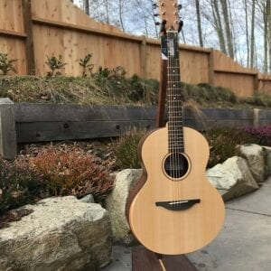 Sheeran by Lowden S-02 New Model East Indian Rosewood/Sitka w/Pick-up Guitar