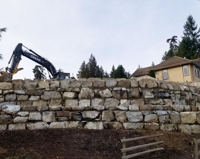 building rock wall residential