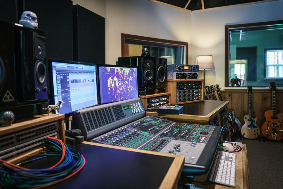 Image depicting a Sound Tracking Room